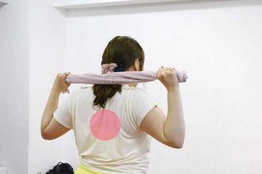 巻き肩改善エクササイズ_手順3