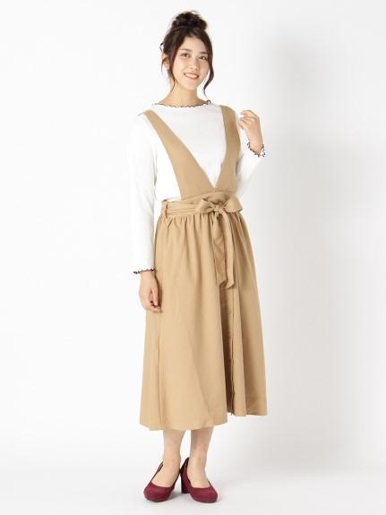 着まわしやすいベージュジャンパースカート ぽっちゃりさんの秋の大人ベージュコーデ