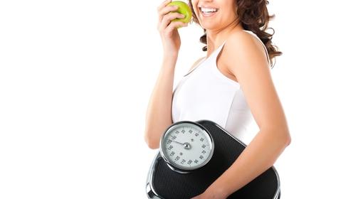無理なダイエットが健康に害を及ぼすことも…