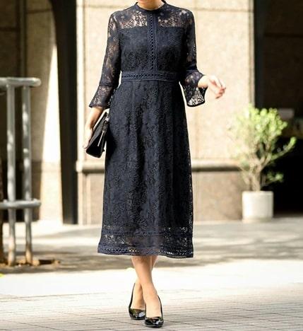 30代向け総レースの大人っぽいドレス ぽっちゃりさんにおすすめのフォーマル・パーディードレス