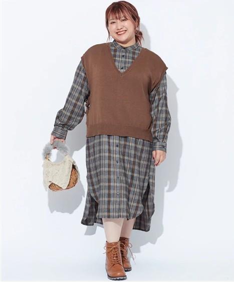 背が低いぽっちゃりさんにオススメの秋冬アイテムは「ジャンパースカート」「ベスト」「ボリューム袖」04