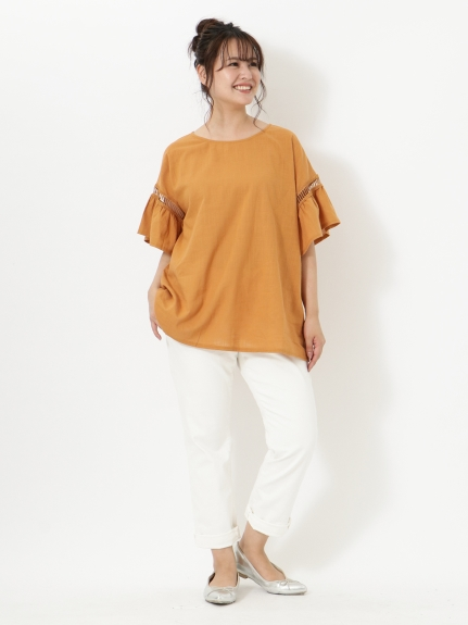 背が低いぽっちゃりさんにオススメの秋冬アイテムは「ジャンパースカート」「ベスト」「ボリューム袖」06